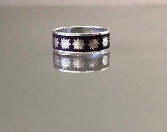 Vintage Taxco Mexican Sterling Silver and Enamel Sun Ring
