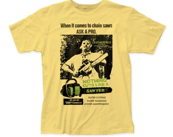 Texas Chainsaw Massacre Cuts Like A Sawyer Men's Soft Fitted 30/1 Cotton Tee - TCM09(Banana)