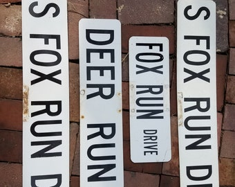 Signs for the hunter Retired Street Signs