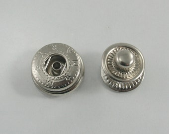 40 sets. Silver Tone Snaps Buttons Fasteners Rivets Studs Decorations Findings 15 mm. VT N8 K