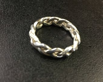 Silver Hallmarked twisted band ring