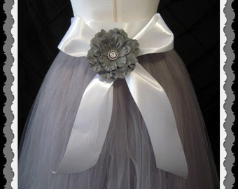 Wedding skirt, Flower Girl Tutu skirt, Photo prop, Sewn Skirt, Custom Orders Welcome, Wedding Formal baby, toddler