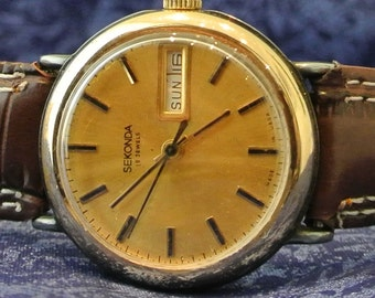 Vintage Soviet Union  watch SEKONDA gold plated mechanical watch with  USSR era 1970s- leather band