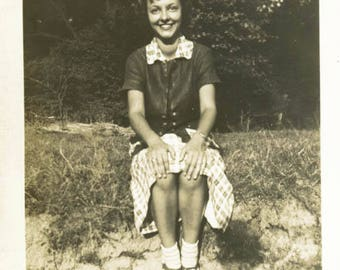 vintage photo 1939 Bees Knees Cutest Young Lady Shows Shoes Shadow man