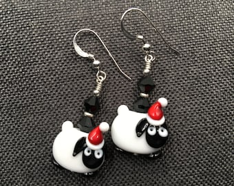 Sheep Lampwork Earrings, Animal Christmas Earrings, Black White Beadwork Earrings, Bead Jewelry, Lamb Glass Bead Earrings, Lampwork Jewelry