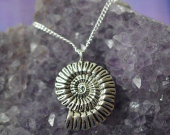Biolojewelry - Ammonite Pendant Necklace