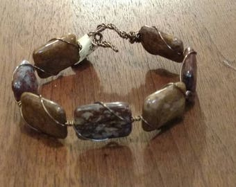 Agate and Wire Cuff Bracelet (B1192)