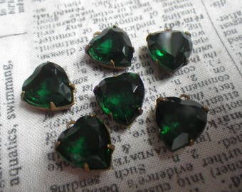 Emerald Green 12mm Vintage Glass 12mm Heart Brass Ox Open Back Drops 6 Pcs