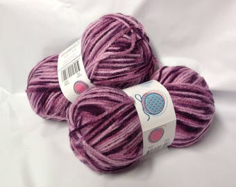 lot 10 balls of wool / / pink shade / made in FRANCE