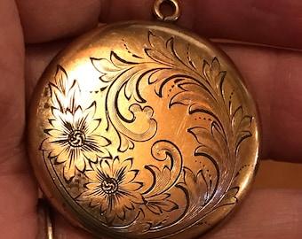 Antique Victorian Floral Etched gold filled Locket