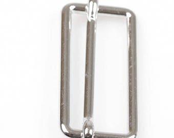 Une boucle attache sangle réglable argenté, pour sac, ceinture 3,9 x 1,8 cm
