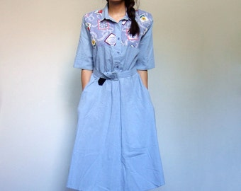 Light Blue Day Dress Pockets 80s Vintage Country Prairie Casual Short Sleeve Dress Folk Patchwork Print Dress - Extra Large XL
