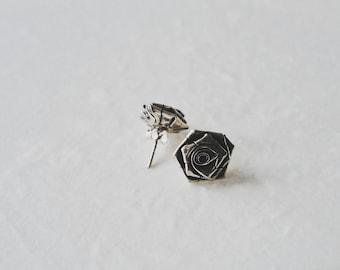 Rose,square , 925 silver, ear stud