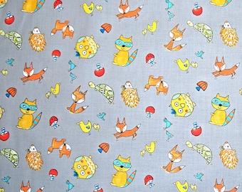 MAGASIN de vente de fermeture - esprit libre, Dena Designs, Fox aire de jeux, Animal Toss, gris, tissu 100 % coton courtepointe, piquer le tissu
