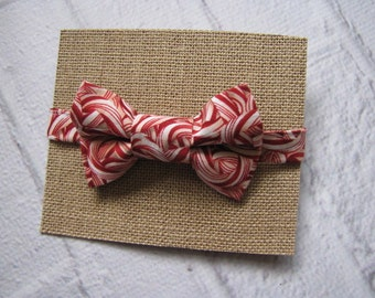 Christmas Bow Tie ~ Candy Cane Bow Tie ~ Holiday Bow Tie ~ Boys Bow Tie ~ Childs Bow Tie ~ Dapper Boys Bow Tie ~ Photo Shoot Outfit
