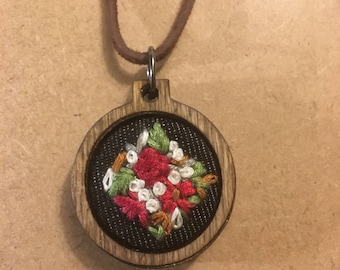 Embroidery hoop pendant jewellery, embroidered necklace, embroidery hoop, jewelry, jewellery, foral, flowers, valentines gift