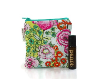roller bottle case small essential oil bag essential oils pouch young living essential oil roller bottles carrying case holds 3 oils