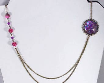 Retro bronze asymmetrical necklace, cabochon spangled fuchsia