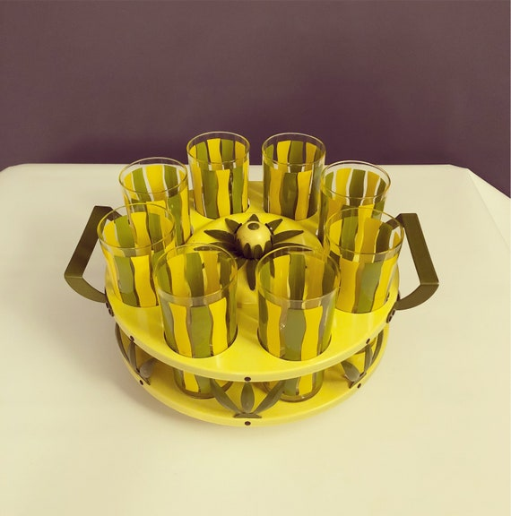 Mid-Century Lazy Susan caddy with 8 highball glasses in yellow & Green.