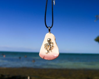 Octopus Sea Shell Necklace   Ocean Necklace   Octopus Jewelry   Octopus Necklace   Seashell Necklace   Ocean Inspired   Gift for Her