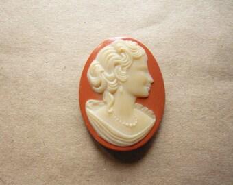 Vintage Glass Peach Cameo