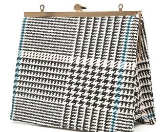 Women chain wool shoulder bag