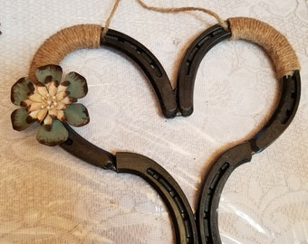 Rustic Horseshoe heart