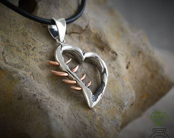 Silver Heart pendant, Silver pendant for men, Brutalist pendant, Corazón Espinado Pendant, Goth, Silver necklace Mens Jewelry Hand Made