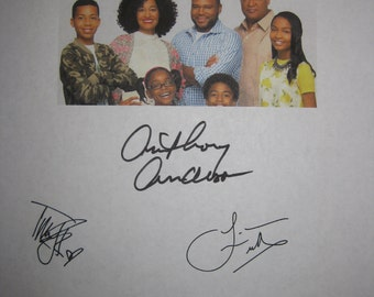 Blackish signed TV Script Screenplay Autographs Anthony Anderson Tracee Ellis Ross Laurence Fishburne Signatures funny sit com
