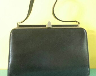 60s Top Handle Handbag / / Vintage / / black