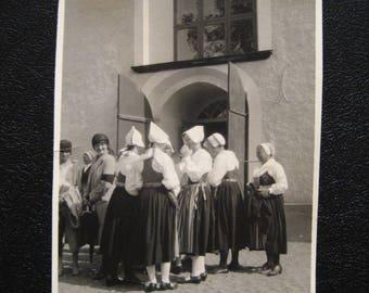 Swedish Girls... 1920's Vintage Photo... Original Vintage Snapshot Photograph