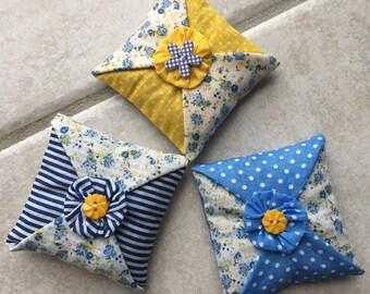 Lavender sachet, set of 3 decorative pillows, home decor, perfume, fabric flower