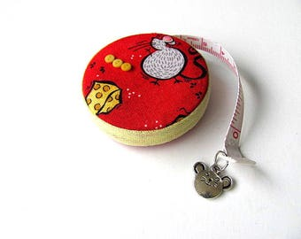 Measuring Tape Mice and Cheese Retractable Tape Measure