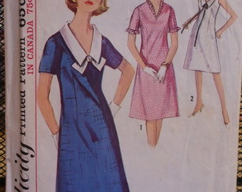 Simplicity 5825 Misses V-Neck Dress with Detachable Collar Vintage 60s Sewing Pattern Sz 14