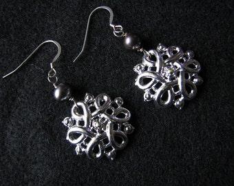 Freshwater pearl earrings   sterling silver   vintage   silver knot   dangle   bridal pearl   Final Sale