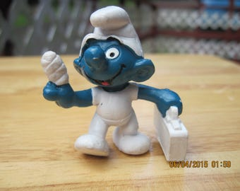 Vintage First Aid Smurf...1978...Peyo...Hong Kong...Gift 4 Doctor or Nurse,Gift 4 Red Cross Worker,Gift 4 EMT,Gift 4 ER Tech,Gift 4 All