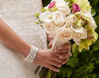 Bridal Bracelet, Pearl Wedding Jewelry, Crystal Bracelet, Chunky Bridal Jewelry, Pearl Wedding bracelet, Swarovski, Joanna Bracelet