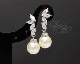 Bridal Pearl Earrings Wedding Jewelry Bridal Earrings Swarovski Pearls Cubic Zirconia Wedding Earrings Bridesmaid Gift Eliana Classic K129