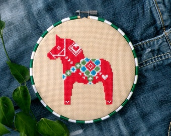 Christmas Cross Stitch Patterns, Swedish Dala Horse Cross Stitch Pattern, Dala Horse Gift, Darlecarlian, Dalahast, Red, Christmas Craft Gift