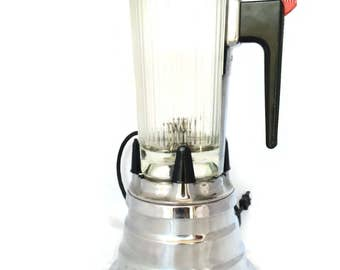Vintage Beehive Waring Blender |  Blendor Deluxe with Pyrex Glass Clover Shape Pitcher Model 702B |  Vintage Home Decor