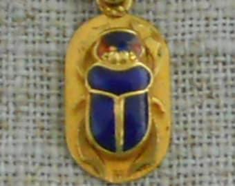 18kt gold enamel scarab pendant & 10kt gold chain