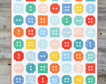 Button Up Quilt Pattern #142 by Cluck Cluck Sew - 3 Sizes - Fat Quarter Quilt Pattern (W1428)