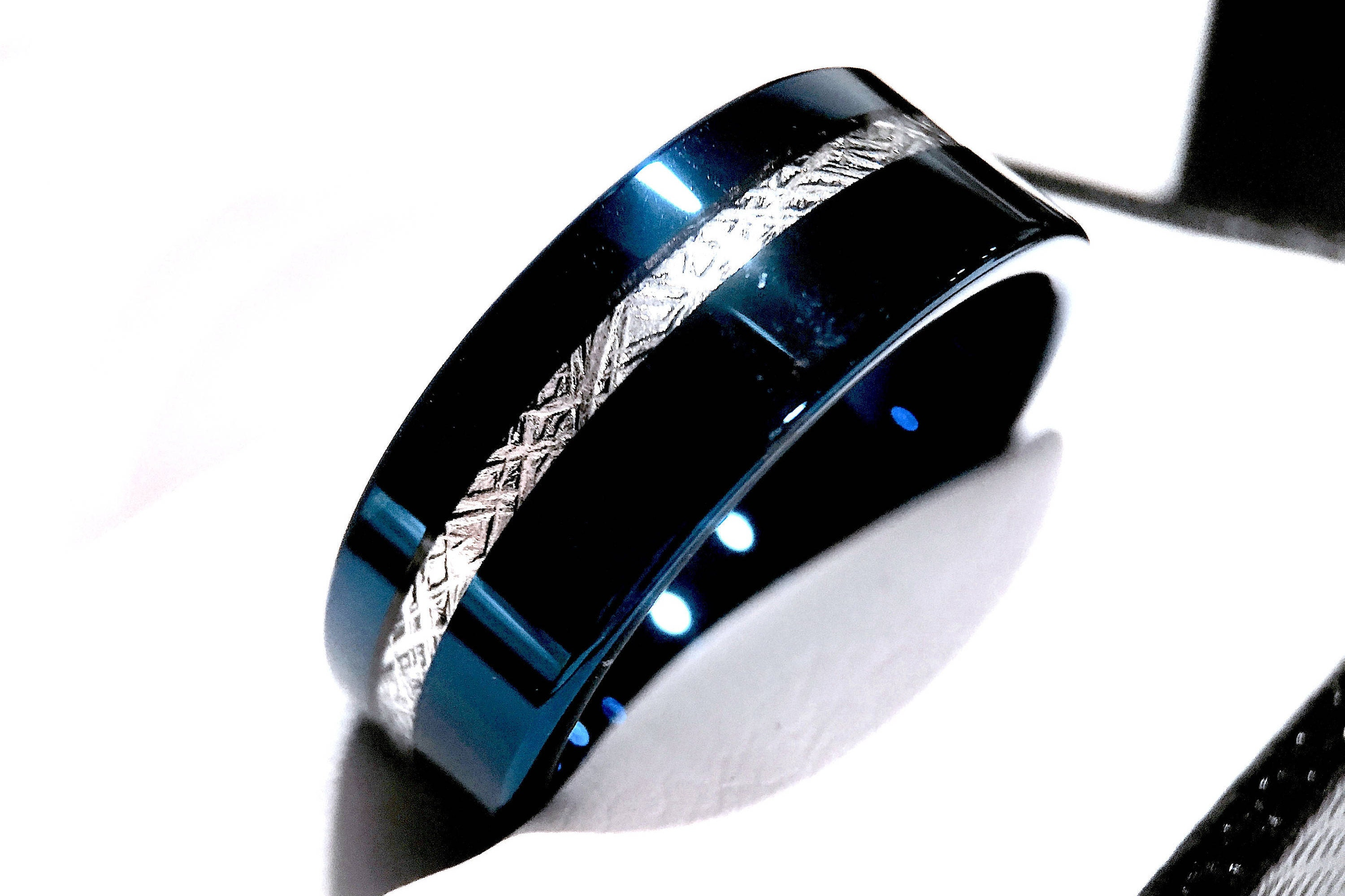 matvuk mens s awesome of band wedding bands rings meteorite duck