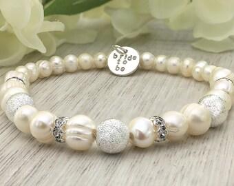 Wedding pearl bracelet - Freshwater pearl bracelet - Wedding bracelet for bride - Pearl wedding bracelet - Bride to be - Bridesmaid favors