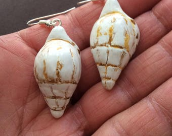 """Seashells"" earrings made of cold porcelain"