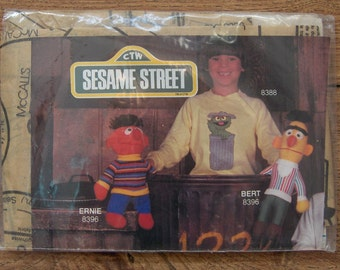 Vintage 80s McCalls pattern 673/8396 BERT and ERNIE DOLLS uncut