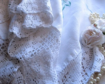 Vintage Linen Tablecloth, Crochet Border, Shabby French, Table Cloth, Linens and Lace, Table Linens, Dining Linens, by mailordervintage