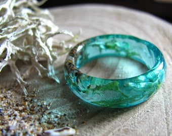 Ocean Resin ring, Mermaid Ring, Summer Sea Ring, Real Lichen Ring, Blue Faceted Resin Ring, Thin Stacking Ring, Beachy Jewelry, Beach Ring