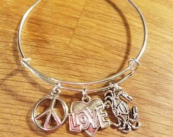 PEACE Sign Heart LOVE and CRAB Silvertone Expandable Charm Bracelet