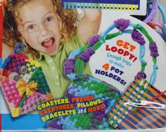 weaving kit,Alex Toys Loop'N'Loom weaving kit,real metal loom,ages 5+,metal loom,weaving,loop N loom,weaving activity fun,looming